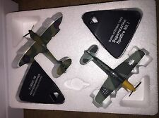 ATLAS EDITIONS - 2 DUELLING FIGHTERS - SPITFIRE Mk.1 & MESSERSCHMITT BF109E.