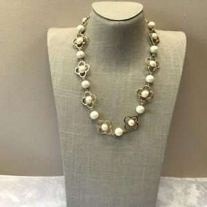 Floral gold tone faux pearl Talbots necklace