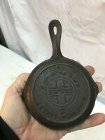 Vintage No. 0 Mini Cast Iron Skillet Griswold 562 with Heat Ring Erie PA Fry Pan