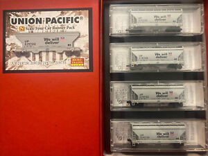 n scale MTL union pacific UP 2 Bay ACF centerflow covered hopper runner pack Set