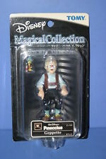 DISNEY Pinocchio Geppetto Magical Collection Figure Tomy 083