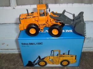 VOLVO L150C RUBBER TYRED LANDFILL VEHICLE SUPERB MODEL 1/50 SCALE DIECAST