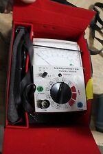 Hubbell Hipotronics   Megohmeter Model 1000B