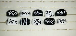 Bundle of 10 BLACK & WHITE Chunky LUCITE RINGS H