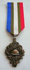 Jolie médaille de l'Union nationale des combattants, UNC, 1914 / 1918.