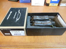 NEW Sangsin Front Disc Brake Pads For Some 2010 - 2014 Hyundai & Kia Apps.