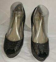 AK Anne Klein Women Grey Gray Reptile Platform Pump Heels Open Toe Size 8.5 M
