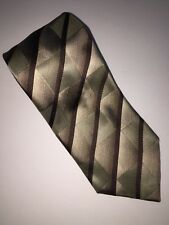 Kenneth Cole Reaction Mens 100% Silk Neck Tie Handmade Brown Green Tie