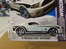 Hot Wheels '10 Ford Shelby Gt500 SuperSnake Hw Showroom White