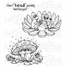 Heartfelt Creations: Flirting Frogs Cling Stamp Set (HCPC-3727)