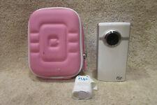 Cisco Model U260 Ultra HD Flip Video Camera 4GB Holds 1 Hour Video w/ Extras