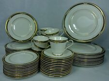 ROYAL DOULTON china FORSYTH H5197 pattern 59-piece SET SERVICE for 12