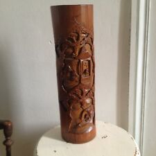 Pot à pinceaux en bambou sculpté, décor de personnages et de bateau Chine 19 eme