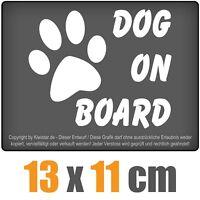 Dog on Board 13 x 11 cm JDM Decal Sticker Auto Car Weiß Scheibenaufkleber