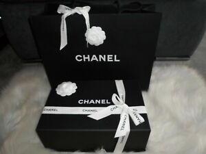 Original Chanel Magnet -Geschenkbox/ Schachtel/ Karton 31 x 20,5 x 11,5cm &Tüte