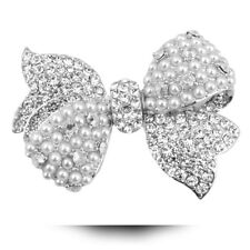 Exquisite Luxury Silver Plated Cubic Zirconia Crystal Simulated Pearl Bow  Brooch