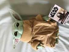 Genuine Disney store Star Wars The Mandalorian The child ( baby yoda) plush toy