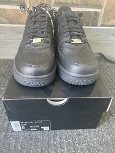 Nike Air Force 1 Low Supreme Black DS Size 8