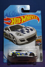 2018 Hot Wheels PORSCHE PANAMERA (POLICE CAR) HW METRO 8/10 Long card.