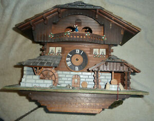 Beautiful Vintage Swiss Chalet Musical Cuckoo Clock  SPARES OR REPAIRS