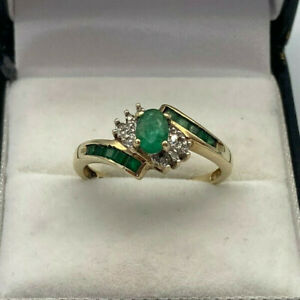 9ct Gold Hallmarked Emerald & Diamond Cluster Ring.  Goldmine Jewellers.