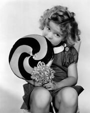 SHIRLEY TEMPLE 8X10 CLASSIC PHOTO 0003