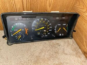 Instrument cluster for Saab 900 Non-Turbo 1990-91