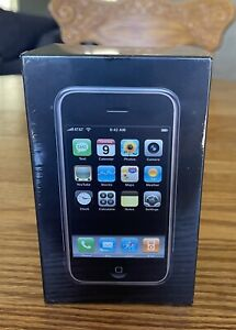 """""""BRAND NEW SEALED"""" Apple iPhone 1st Generation  2G-8GB """"Great Collector Piece"""""""