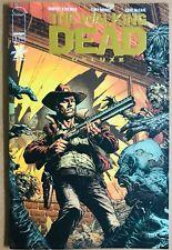 Walking Dead Deluxe 1 Gold David Finch Variant Robert Kirkman Tony Moore Dlx NM