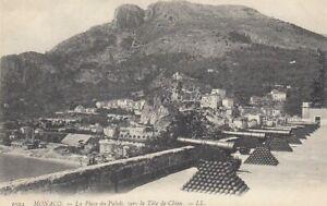 Monaco La Place du Palais vers la Tète de Chien ngl D1311