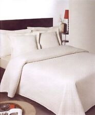 Solid Pattern Decorative Bedspreads