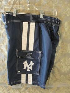 NY New York Yankees blue swimsuit trunks medium G-III polyester NWT shorts