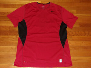 NIKE PRO SHORT SLEEVE BURGUNDY/BLACK FITTED JERSEY MENS 2XL EXCELLENT CONDITION