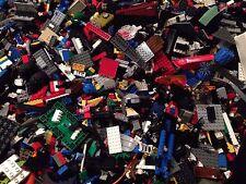 900 Bulk Legos +3 Mini Figures / 900X Randomly Selected Bricks & Parts & Pieces