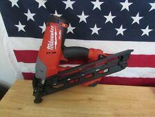 Milwaukee 2743-20 M18 FUEL 15GA Finish Nailer (Bare Tool) 881