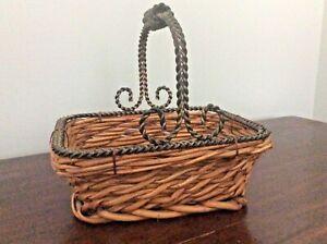 VTG Heavy ornate Metal Handle Veggie fruit farm country cottagecore Egg Basket