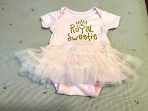 Gerber's Baby Girl pink snaps at bottom ruffle royal sweetie outfit set 0-3 MO