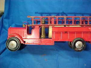 "1930s KEYSTONE Pressed Steel CHEMICAL Water FIRE TRUCK  22"" Repainted"