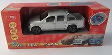 Street Amarok /  VW Pick Up  / 1:43 / Silber / Dickie Toys / Neu OVP