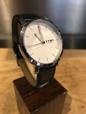 Eyki E Times Quartz Watch