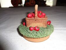 Our America Basket Of Apples Jar Candle Topper