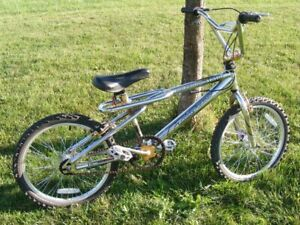 Vintage 1997 royce union Hazard 360 Bmx Bike 100% All Original