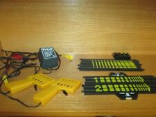 TYCO TERMINAL TRACK, 2 CONTROLS & 20 VOLT POWER PACK TRANSFORMER 610A