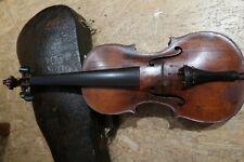 Alte Geige mit Koffer und Zubehör