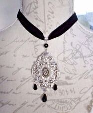 Mixed Metals Oval Cameo Costume Necklaces & Pendants