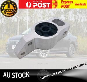 Front Left/Right Control Arm Bush Mount for VW Passat Tiguan Audi Q3