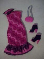 Barbie Fashionista Sassy Rosa Negro Vestido Prendas de Vestir Moda Botas, Zapato, Bolsa