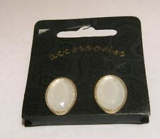 Lovely oval shaped gold tone metal earrings faceted milky bead approx ¾ ins long