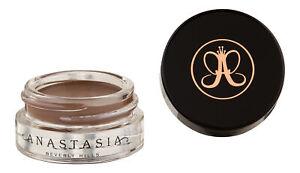 Anastasia Beverly Hills Dipbrow Pomade Caramel. Brows