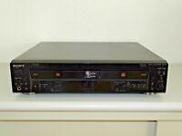 Sony RCD-W100 Audio CD-Recorder / Doppellaufwerk, Schwarz, 2 Jahre Garantie